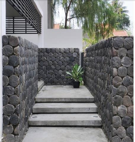 Ide Desain Batu Alam untuk Dinding Rumah Anda